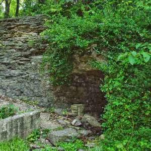 Cave Spring Interpretive Center at William M. Klein Park. Missouri Tourism photo.